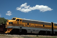 Colorado Railroad Museum, Golden, Colorado (Thad Roan - Bridgepix) Tags: railroad museum train golden colorado diesel rail railway denver historic locomotive railfan riogrande generalmotors californiazephyr railfanning diesellocomotive coloradorailroadmuseum 200606 denverriogrande drgrailroad riograndezephyr electromotivedivision