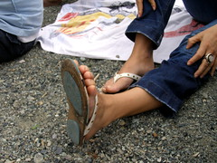 nat's sole (pucci.it) Tags: feet nat flip flop
