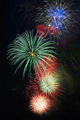 Fireworks over Elliott Bay, Seattle WA (Belltown) Tags: seattle fireworks kaboom elliottbay 4thofjuly i500 photodomino385