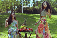 🍍🍉🍑Summer Gurls 🌸🌵🌺 (TheJennire) Tags: photography fotografia foto photo canon camera camara colours colores cores light luz young tumblr indie teen summer fashion style editorial people portrait face friends girls park nature fruits hair cabello pelo cabelo sp sãopaulo anygabrielly