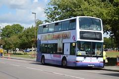 33142 LR02LWX (PD3.) Tags: park uk england bus cup buses america ride president group hard first hampshire portsmouth pr dennis quays berkshire americas southsea psv pcv trident fhd gunwharf hants firstbus plaxton lr02 33142 lwx lr02lwx