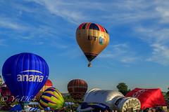 Bristol Balloon Fiesta (yve1964) Tags: bristol flying ky balloon hotairballoon ricoh bt ballooning envelopes anana bristolballoonfiesta
