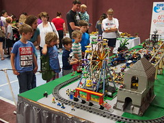 Amusement Park - Collector's Show 2016 -2 (jugglesmith) Tags: collectors showchicocalifornia2016legoamusement parkthe goofy traingoofy traintrainmotorizedtunnelmonster tunnel chicolug