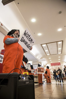 Activist Brian Terrell Tells the Story of a Guantánamo Detainee in the Union Station Food Court