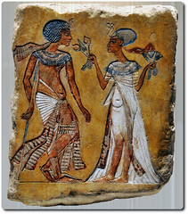 Tutankhamun and his wife Anchesenaum (oar_square) Tags: egypt egyptiantreasures egyptianculturaltreasures egyptianart middlekingdom egyptianreligion tutankhamunandhiswifeanchesenaum neuesmuseum berlin