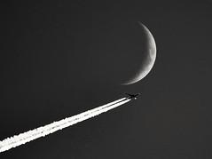Fly by the moon (Shamanski73) Tags: flying flyby moon airplane plane sky aviation lecarrow coroscommon