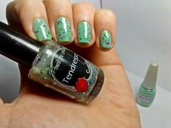Esmaltação das corujas - Penélope Luz! (Raíssa S. (:) Tags: esmalte unhas nails nailpolish naillacquer glitter penélopeluz verde green pastel cremoso mohda corujas