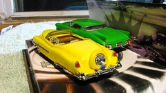 HOTWHEELS CADILLACS (richie 59) Tags: winter generalmotors diecastcollection 164scale 164 hotwheelsdiecast inside diecastcars richie59 cadillaceldorado cadillac eldorado weekday friday diecastautos diecastautomobiles diecastvehicles hotwheels 1953cadillaceldorado diecastcadillac jan2017 2017 jan132017 1957cadillaceldorado 1953cadillac 1957cadillac 1953cadillaceldoradobiarritz eldoradobiarritz biarritz 2010s america americancar 1950scar 2door twodoor convertible greencar yellowcar backend taillights
