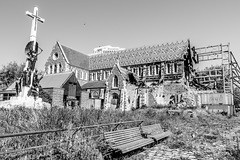Christchurch Old Cathedral (Andrés Guerrero) Tags: blackwhite blackandwhite blancoynegro canterbury catedral cathedral christchurch church ciudad earthquake iglesia monochromatic monochrome monocromatico monocromo newzealand nuevazelanda oceanía ruinas ruins terremoto town