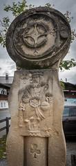 Kitzbühel (Maya Lucchitta) Tags: alps austria kitzbuhel kitzbühel oesterreich osterreich clubs king playingcard statue österreich