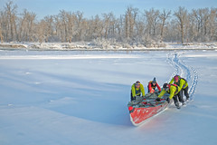 Cold Winter Morning (-15 Celcius) (Sherlock77 (James)) Tags: calgary bowriver ice snow people canoe