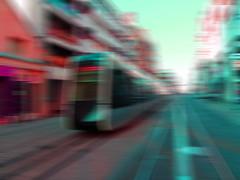 Tram Tours (François Tomasi) Tags: tramwaydetours tram tramway tours villedetours touraine indreetloire france europe world photo photography photographie reflex nikon composition photoshop ville street city pointdevue pointofview pov tomasi françois françoistomasi lumières lumière lights light éclairage couleurs couleur colors color véhicule flouartistique janvier 2017 art arrièreplan bokeh ngc
