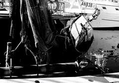 24 dicembre a Civitanova Marche (enricoerriko) Tags: enricoerriko enrico erriko portocivitanova civitanovamarche sky blù sea rosso red murales streetart rose pescherecci portafortuna corna corni reti rete scafi faro molo pennello verde green yellow torri merli merlate torrione santamariaapparente draga spiaggia ro bn blackwhite bw bici pino riflessi natale capodanno 2016 ss16 cristore chiesa