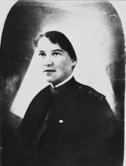 Portrait of Sister Elizabeth Kenny ca 1917 (State Library of Queensland, Australia) Tags: slq statelibraryofqueensland queensland elizabethkenny nurse polio