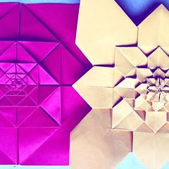 Andrea's Rose and Hydrangea (Sat Teixeira) Tags: origami 折り紙 papiroflexia paperfolding dobradura paperart folding folds dobras art arte おりがみ