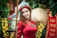 IMG_4341 (ngducchanh) Tags: vietnamesegirl nónlá áodài happynewyear conicalhat smile