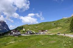 Trentino - Alto Adige (Italy) - Passo Gardena Grödner Joch (Massimo Battesini) Tags: nationalgeographic worldtrekker fujifilmxt1 fuji xt1 fujixt1 fujifilm finepix fujinon fujinonxf18135 fuji18135 fujifilmfujinonxf18135mmf3556rlmoiswr montagna montagne dolomiti mountains montañas berg dolomite dolomitas dolomites alpi alpes alps alpen selvadivalgardena trentinoaltoadige italia it italy italie italien europa europe passogardena grödnerjoch valgardena valbadia