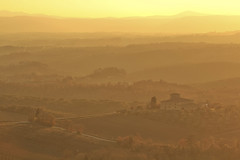 Dolci colline / Rolling hills (Brolio Castle, Siena, Tuscany, Italy) (AndreaPucci) Tags: tuscany siena countryside sunset hills italy italia toscana andreapucci canoneos60 brolio castello castle