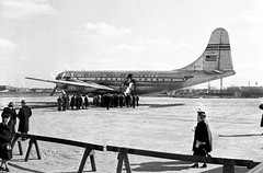 Chicago Municipal Airport - Pan American World Airlines - Boeing 377 (Stratocruiser) (twa1049g) Tags: world chicago am airport american pan boeing airways midway 1949 377 stratocruiser n1025v