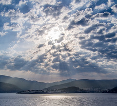 Crepuscular Rays (Zog the Frog) Tags: red croatia dubrovnik