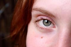 Bright Eye (urmeklein) Tags: portrait people woman color colour girl face eyes gesicht frau farbe farbig mdchen schn hbsch oretty