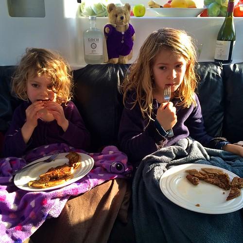 190/365 • pancakes • #190_2015 #7yo #4yo #goodmorning #boat #liveaboard #breakfast #tryingtogetoutthedoor #glutenfree #Winter2015