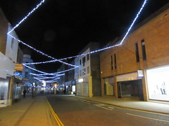 Looking North (LookaroundAnne) Tags: atnight afterdark christmaslights greatyarmouth yarmouth norfolk pathscaminhos