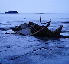 Saltwick Bay Shipwreck (EmPhoto.) Tags: admiralvontromp shipwreck saltwickbay northyorkshire uk bluehour sonya7r sonyzeiss2470mm emmiejgee landscapepassion seascape whitby