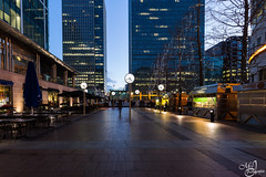 Canary Wharf at bue hour (mvj photography) Tags: uk london londres architecture streetphotography photoderue nightshot nightphotography photodenuit canarywharf longexposure poselongue