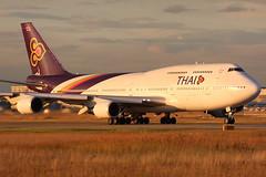 HS-TGJ (24459/777) (RuWe71) Tags: sunset canon airport aviation planes runway boeing747 747 spotting fra b747 thaiairways avions flugzeuge planespotting frankfurtairport vliegtuigen eddf hstgj 7474d7 b744 40d hariphunchai thaiairwaysinternational rheinmainairport canon40d tgtha 747bcf