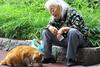 老妇 与 🐈 (Kenny Teo (zoompict)) Tags: portrait cat expression oldlady zoompict kennyteo