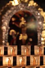 Cathdrale Notre Dame | Candles (Toni Kaarttinen) Tags: paris france church night lights evening frankreich candles cathedral frana notredame altar frankrijk prizs francia iledefrance parijs parisian pars  parigi frankrike  pary   francja ranska pariisi  franciaorszg  francio parizo  frana