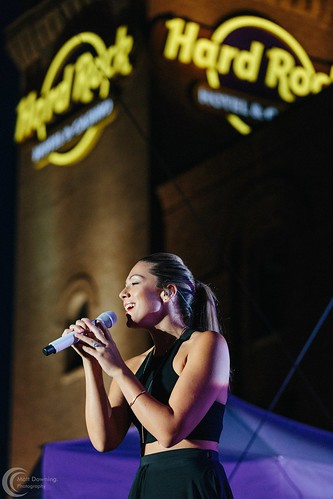 IMG_Colbie Caillat - July 22, 2015 - Hard Rock Hotel & Casino SIoux CIty8583