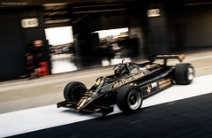 Lotus 91/5 (@turnfive   brianwalshphotos.com) Tags: 2016 july motorsport silverstone silverstoneclassic lotus f1 915 johnplayer special black gold masters historic formula1 formulaone canon