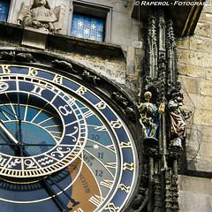 Praga. Reloj astronómico (raperol) Tags: 2006 300d airelibre detalle praga reloj republicacheca travel viaje