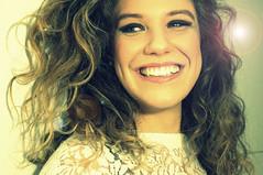 (..*SiMo*..) Tags: girl woman francesca volto viso face donna ritratto primopiano sorriso smile bagliore