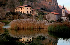 Capo di Lago village (annalisabianchetti) Tags: mountains montagne lake vallecamonica houses village borgo italy reflections paesaggio landscapes