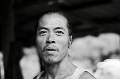 Penan Jim (revesetsacados) Tags: travel portrait people blackandwhite bw monochrome thailand asia nb chiangmai asie thailande aroundtheworld lifescape tdm tourdumonde
