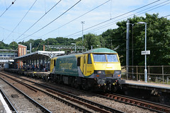 No 90045 26th June 2015 Ipswich (Ian Sharman 1963) Tags: park station june electric train no great engine rail railway loco trains class container locomotive trafford eastern railways 90 felixstowe ipswich 26th mainline freightliner 2015 geml 90045 4l39