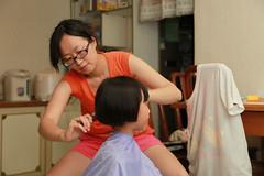 IMG_4464.jpg (小賴賴的相簿) Tags: family canon taipei 台灣 台北 家庭 小孩 兒童 剪髮 aj4584 anlong77 anlong89 小賴賴 vul3x94x94