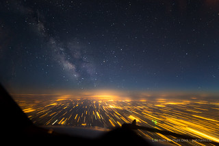 Long exposure at 37,000 ft - Milky Way
