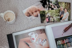 2/52. Can't live without my family, coffe, photography and drawing (Cristina Ovede) Tags: familia family cafe coffe taza cup photography book stilllife stilllifegallery stilllifephotgraphy