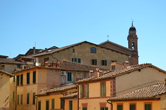 Houses (monicamalfatti) Tags: siena case houses toscana tuscany city summer estate sommer yellow