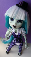 Frightfully Fabulous Frankie! (Pyrefly Projects) Tags: pyrefly projects pyreflyprojects kizrianah requiemart monster high monsterhigh doll frankie stein tall custom