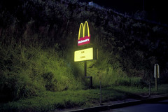 (patrickjoust) Tags: shrewsbury yorkcounty pennsylvania mcdondalds nowhiring sign fujicagw690 kodakportra160 6x9 medium format rangefinder 90mm f35 fujinon lens manual focus analog mechanical film patrick joust patrickjoust usa us united states north america estados unidos autaut c41 color night after dark long exposure cable release tripod pa restaurant illuminated hill now hiring yellow