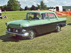 742 Vauxhall Victor DL FE Series (1961) (robertknight16) Tags: vauxhall british victor fe chevrolet gm luton 526dop