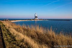 20170121-IMG_2474 (SGEOS@EARTH) Tags: marken holland zuiderzee ijsselmeer water sun lucht sky vuurtoren lighthouse winter canon