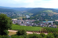 Saarburg (Rheinland-Pfalz / Deutschland) (p_jp55 (Jean-Paul)) Tags: panorama river germany deutschland vineyard rivière fluss vignoble allemagne saar weinberg rheinlandpfalz saarburg sarre saartal valléedelasarre