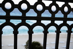 349/366 - Hurdle (Esko) Tags: 2016 december 366 365 366project 365project 366challenge 365challenge barrier beach railing pattern sunny ocean