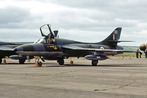 Hawker Hunter T7 XL595/98 Chivenor 5-8-72